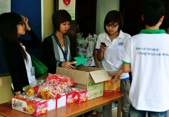 42 Thí sinh TL Idol2010 tham gia Tình nguyện tại Viện Nhi