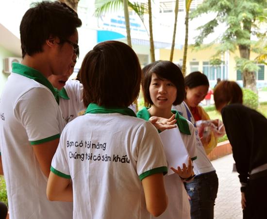 53 Thí sinh TL Idol2010 tham gia Tình nguyện tại Viện Nhi