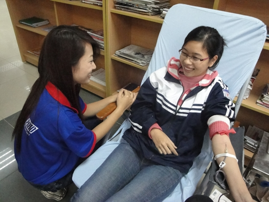 Đồng hành cùng Đội SVTN đợt hiến máu này còn có các Thí sinh lọt vào vòng chung kết I!M Thang Long 2010
