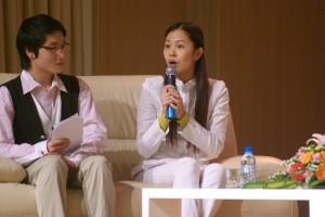 Chị Đỗ Thị Kim Thu – Giám đốc Nhân sự Công ty Trí Tuệ Việt chia sẻ kinh nghiệm với các bạn sinh viên
