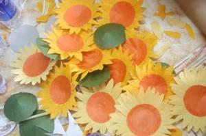 IMG 01211 300x199 Ong teen góp mật ươm trồng cánh đồng Mặt trời