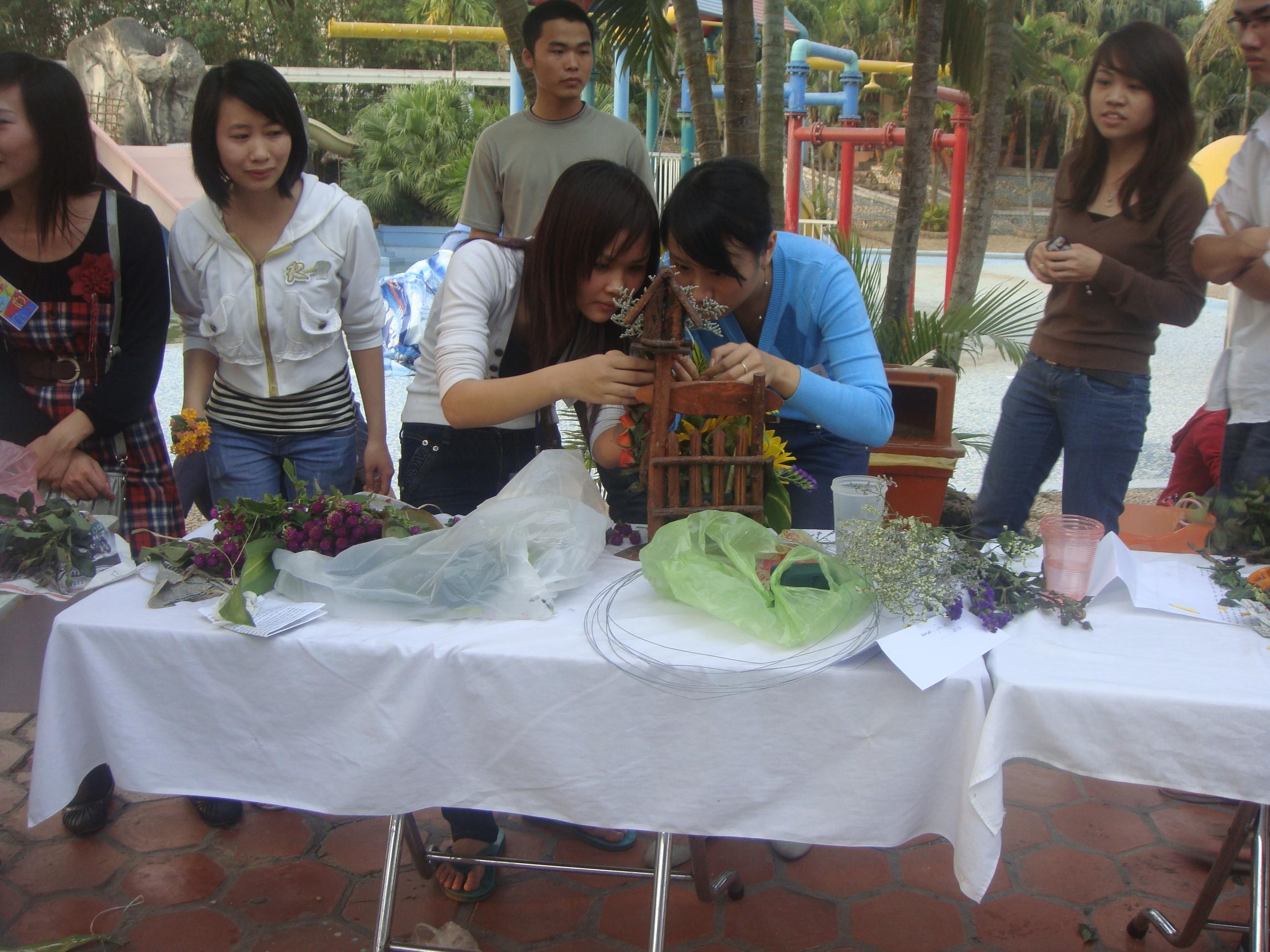 Image00084 Kết quả cuộc thi cắm hoa nghệ thuật: Hương sắc Thăng Long