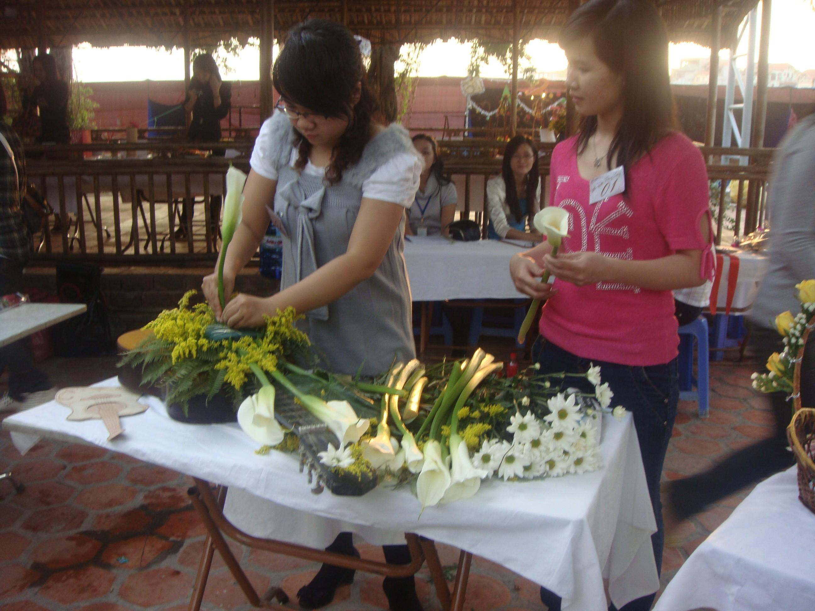 Image00088 Kết quả cuộc thi cắm hoa nghệ thuật: Hương sắc Thăng Long