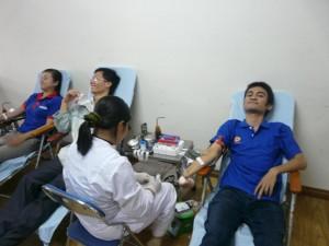 Một lần hiến máu tại Nhà thể chất
