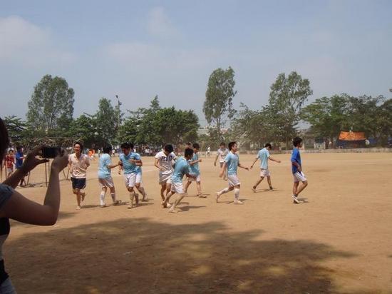 ThangLongCup201001 Kết quả của giải bóng toàn trường Thăng Long Cup 2010