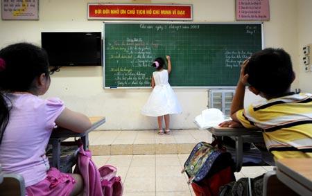 Vietbai Hà Nội bãi bỏ khoản thu xây dựng trường