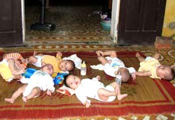 tre 1 Tuồn 270 trẻ em ra nước ngoài, hàng loạt bác sĩ hầu tòa